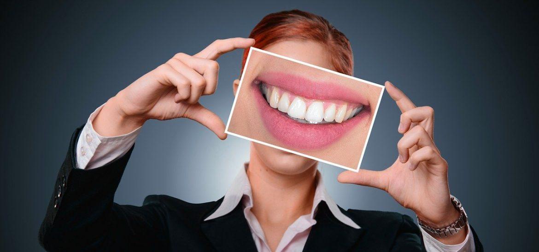 Composite dentaire : Découvrez les différents types et nos recommandations